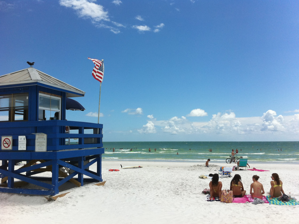 Why is the Sand on Siesta Key So White? || Vacation Condos on Siesta Key || Crystal Sands