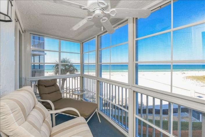 With our 0305 Siesta Key beachfront condo, you get a wide-spanning view of the gulf and pool from three stories up