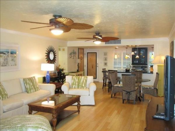 The beach is right behind this rental giving you an incredible and inspiring look at what Siesta Key is all about.