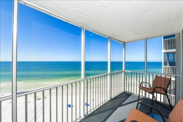 Condo with beautiful views of the Gulf in Siesta Key Florida