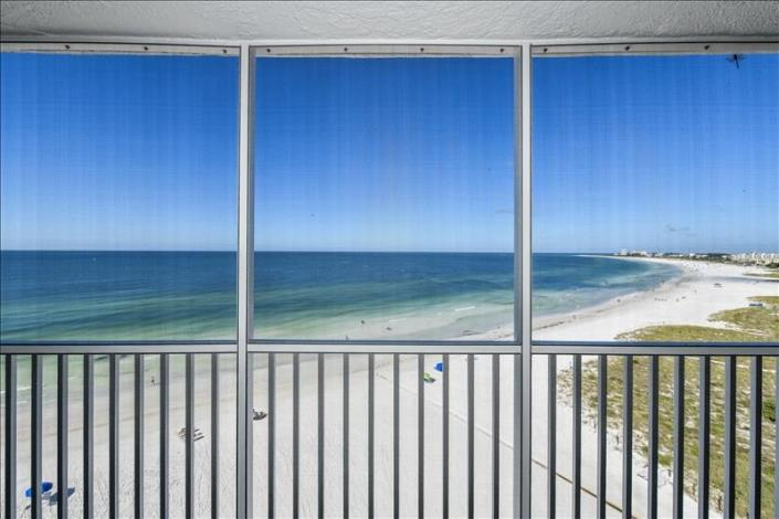 Vacation Rental with amazing views of the Gulf of Mexico in Siesta Key Florida