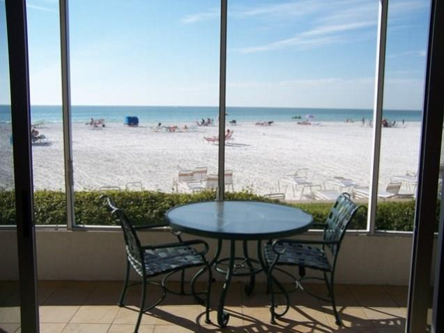 2 bedroom vacation rental condo on Siesta Key