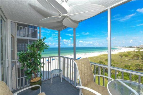 Siesta Key beachfront condo rental