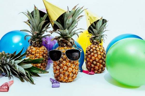 Pineapples with party supplies || Crystal Sands on Siesta Key